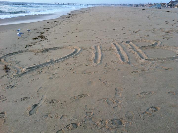 i-heart-hermosa-beach-sand