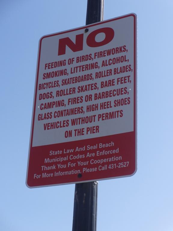 seal-beach-pier-sign