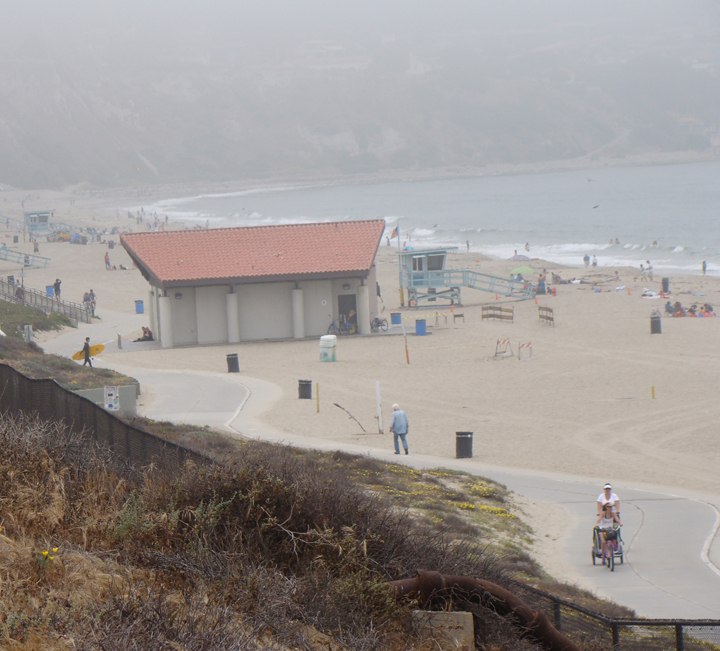 foggy-day-rat-beach