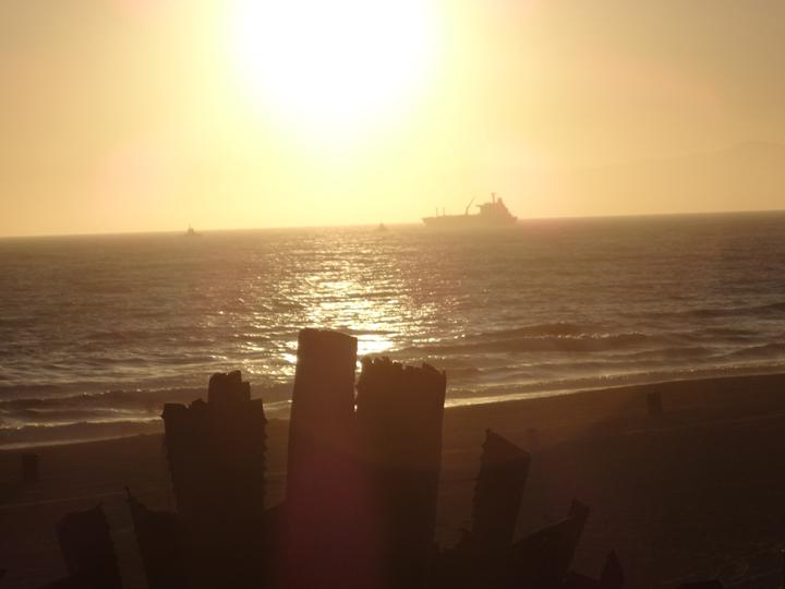 golden-orb-manhattan-beach