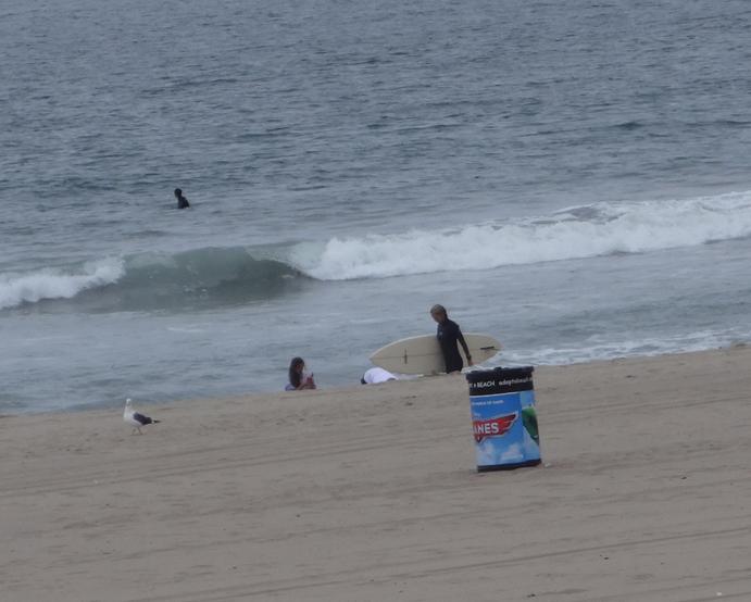 el-porto-surfer-girl