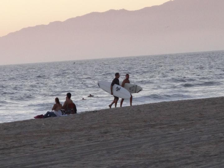 mb-surf-pals-sunset