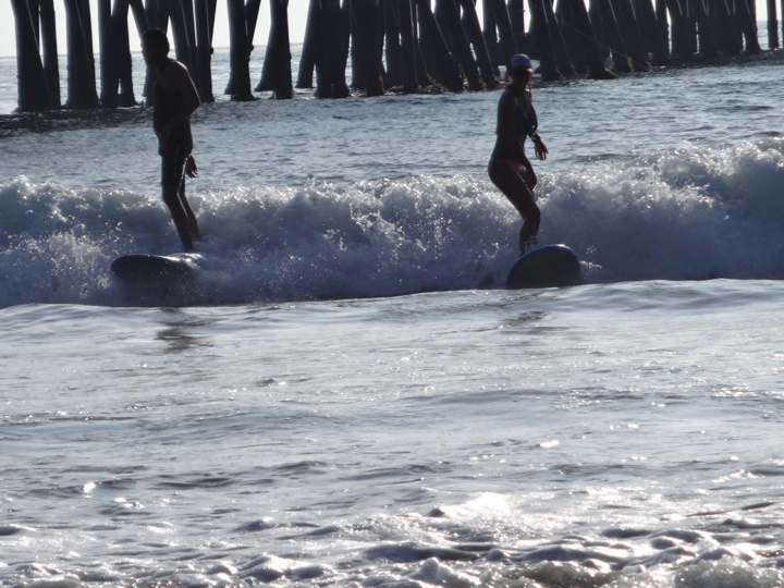 san-clemente-surfers-coming-back-ins-style