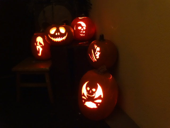 halloween-carvings-2013