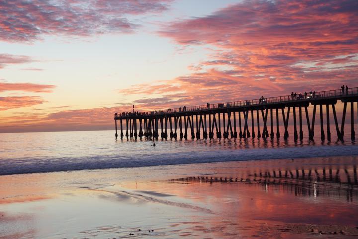 fiery-sunset-facing-the-pier