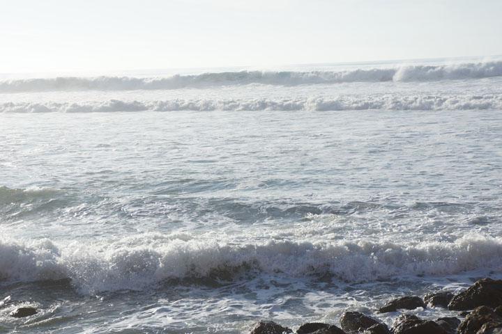 dream-view-blue-waves