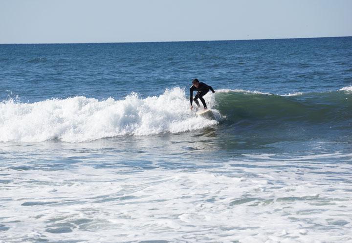 hermosa-surfer-feb-under-pier