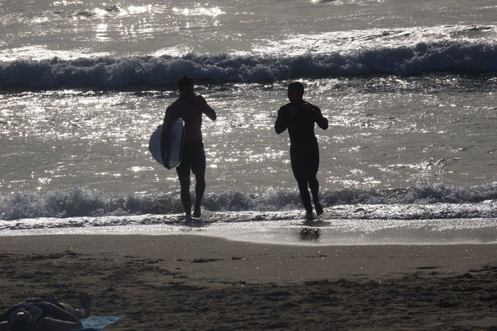 surfer-silhouettes-hermosa