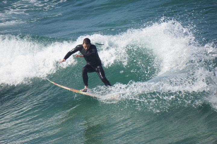 surfing-body-language-hermosa
