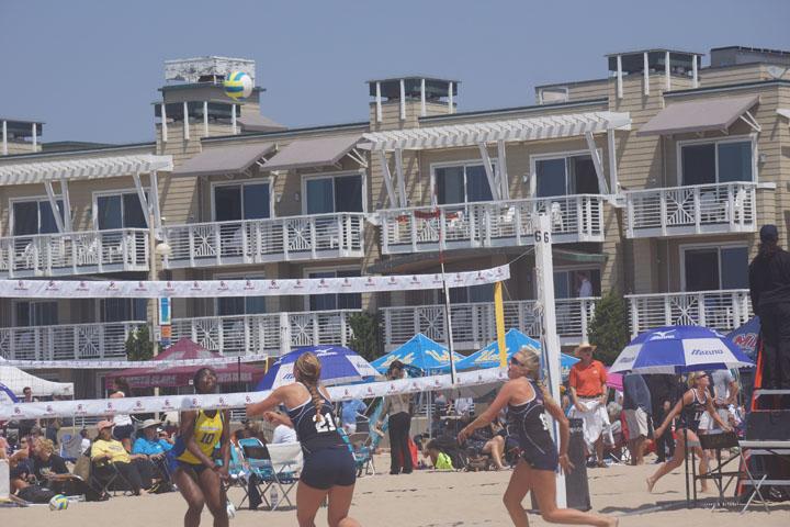 beach-volleyball-hermosa-womens-collegiate-2