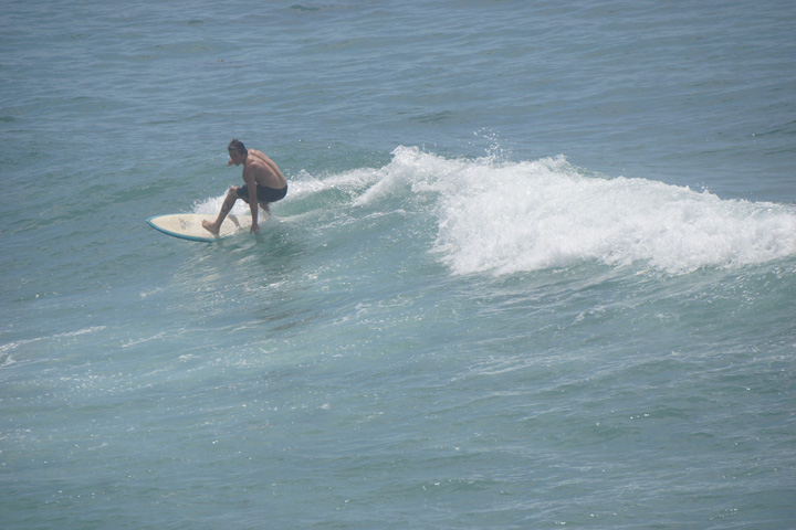 hermosa-surfer-warm-may-day