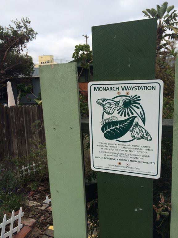 venice-monarch-waystation-sign