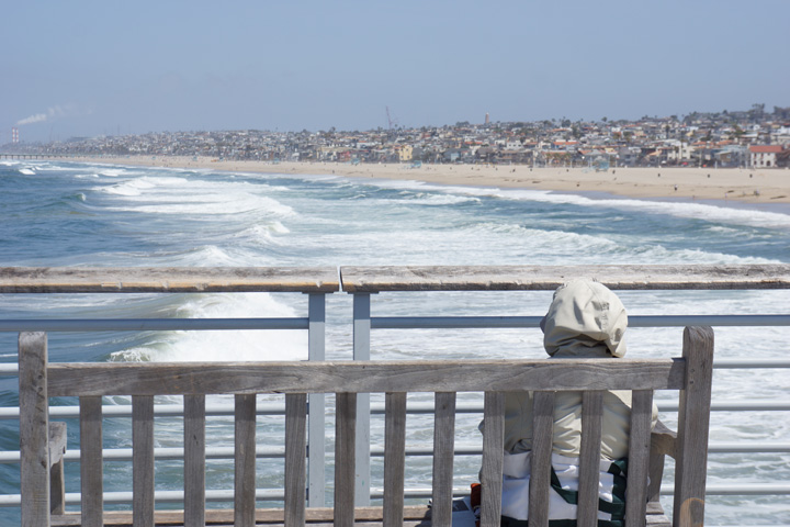 watching-waves-roll-in-hermosa