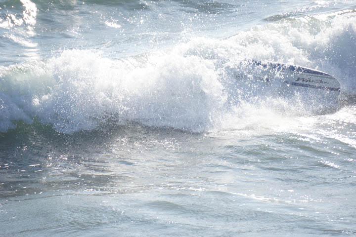 Wavestorm surfboard wipeout in Venice