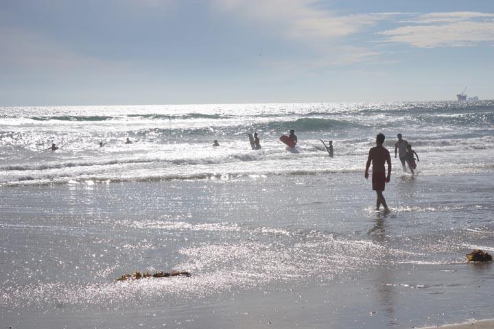 huntington-beach-near-pier-late-afternoon