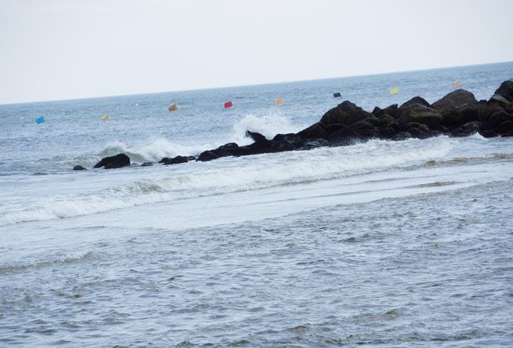 ocean-grove-nj-flags-rock