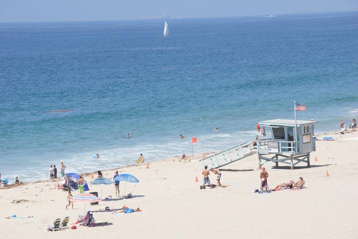 rat-beach-end-summer