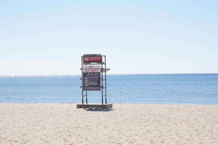 cape-cod-lifeguard-stand