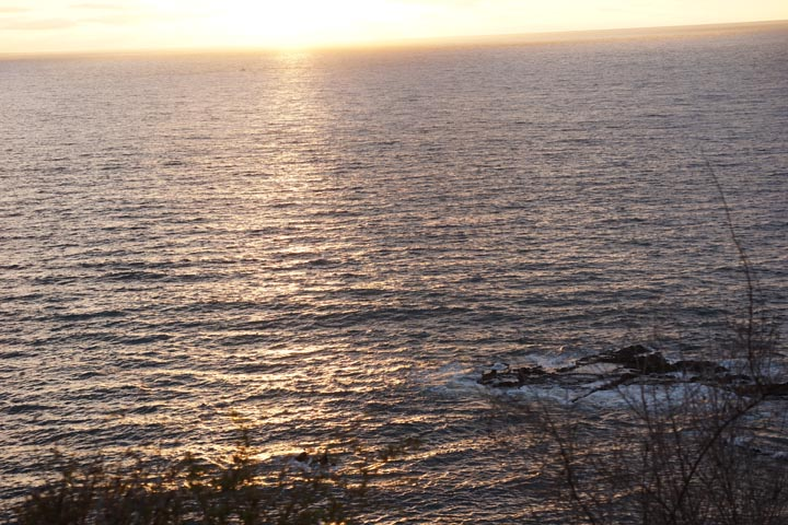 malaga-peekaboo-sunset