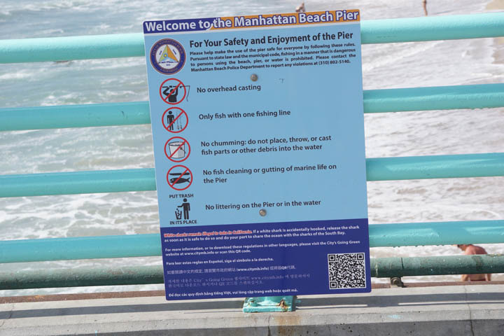 new-manhattan-beach-pier-sign