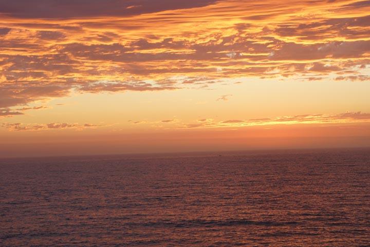 pockets-light-redondo-sunset