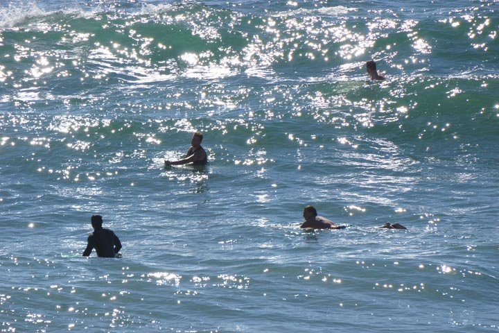 venice-surfers-glare