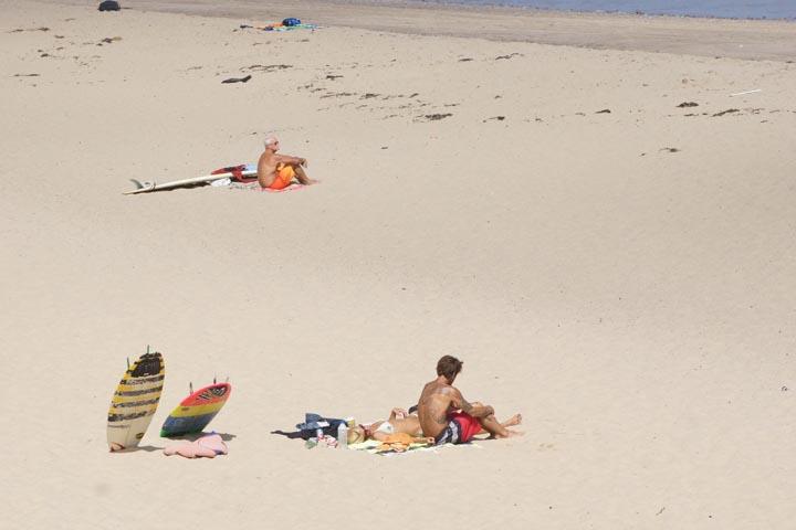 wellfleet-cape-cod-surfers-sunbathers