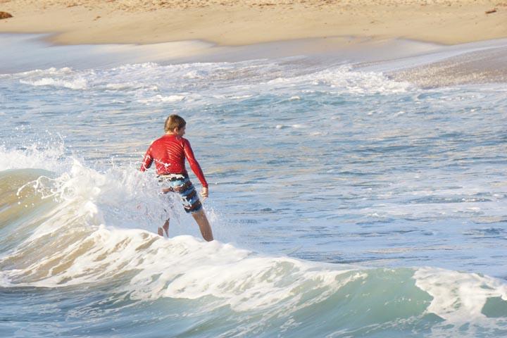 surfing-near-redondo-pier