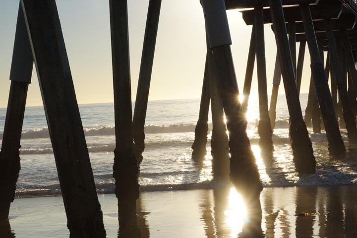 pockets-light-hermosa-pier