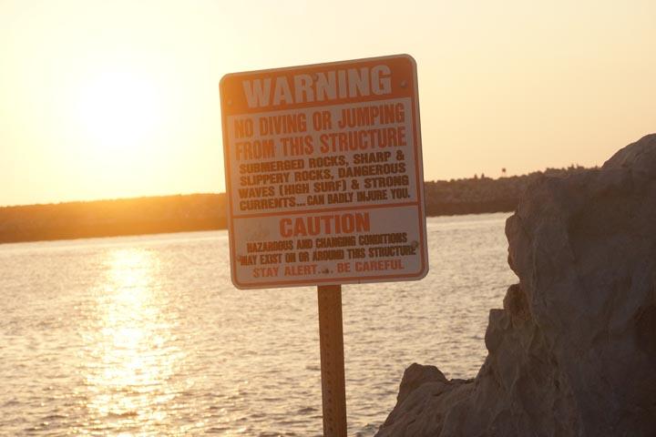 stay-alert-be-careful-newport