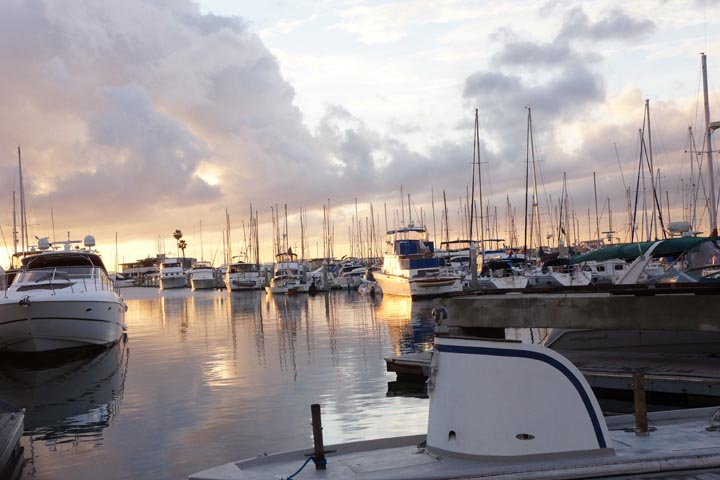 king-harbor-near-sunset-december