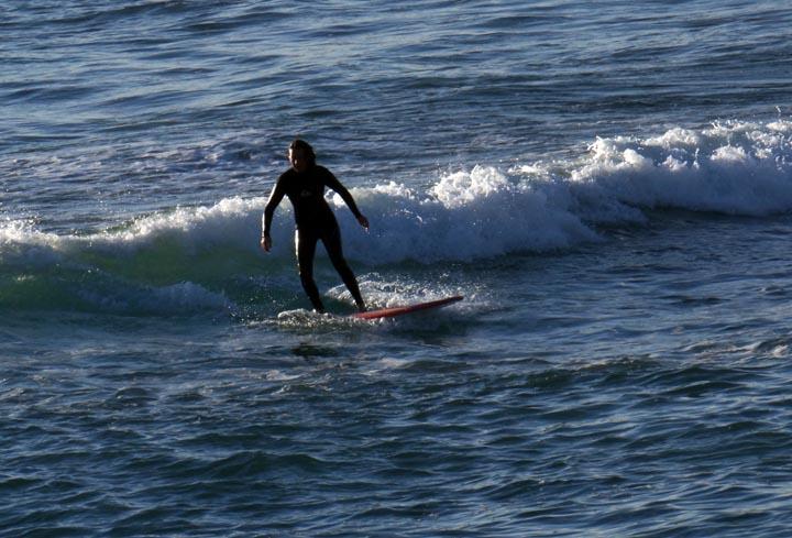 el-porto-surfer-sunny-afternoon-jan