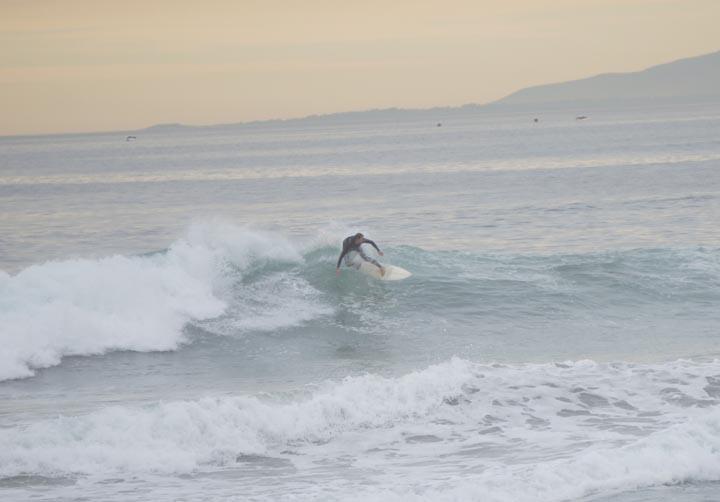 el-porto-surfer-thursday-jan-afternoon