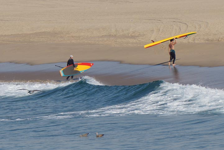 standup-paddleboarders-sunday-hermosa-january
