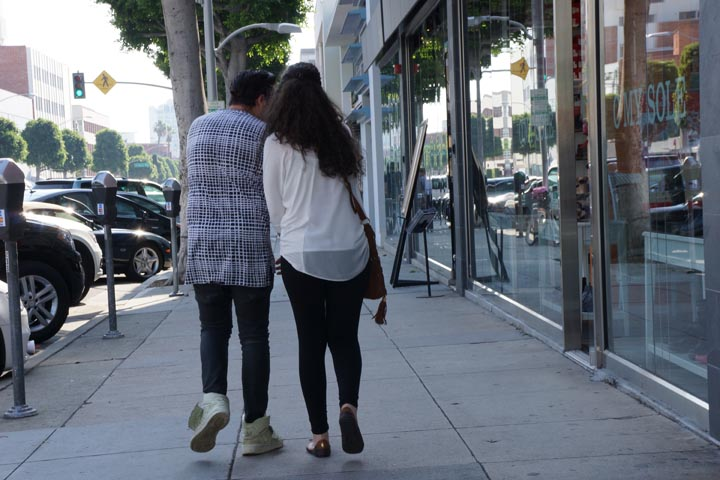 couple-holding-hands-bevhills