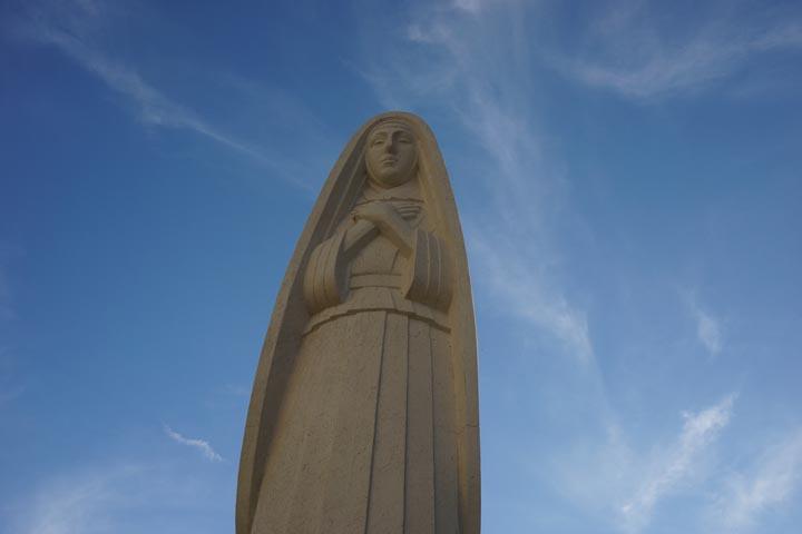 santa-monica-statue-feb