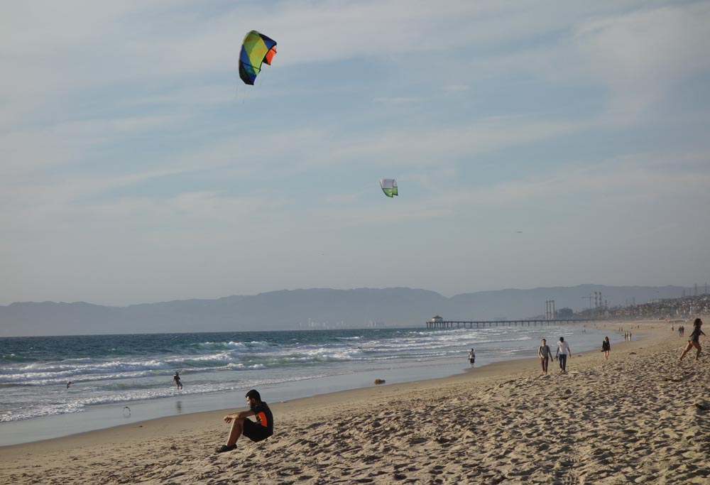 kite-flying-at-beach-hermosa-march