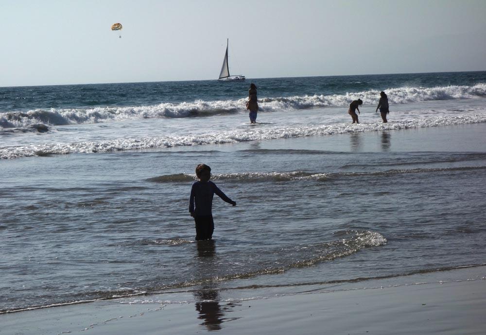 venice-beach-sunny-march-afternoon
