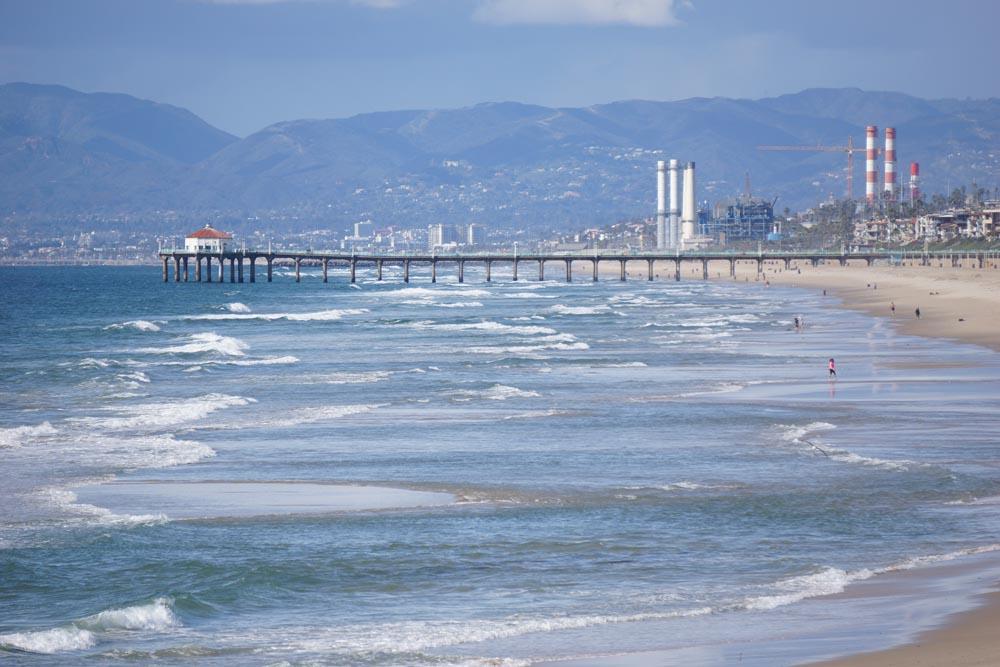 windy-blue-pier-view-hermosa