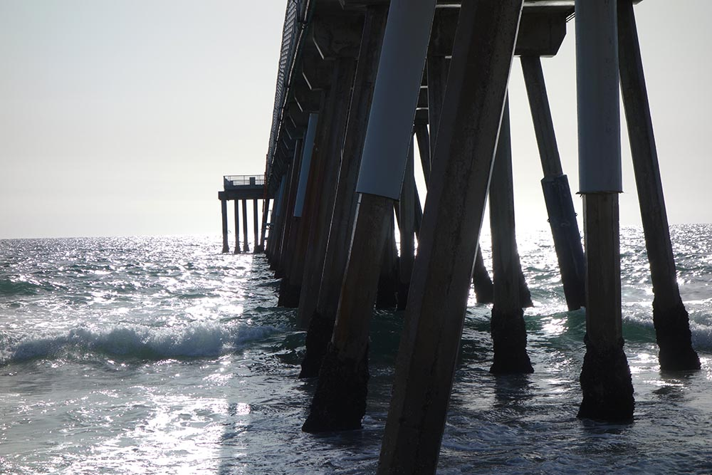 hermosa-pier-sunny-afternoon