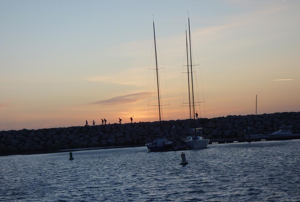 walking-breakwall-sunset-redondo-harbor