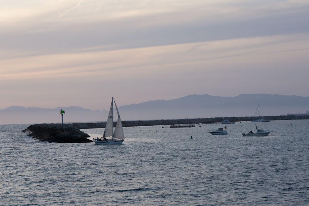 sailing-into-harbor-redondo