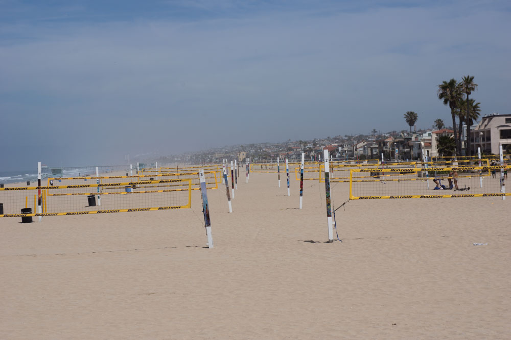 vball-nets-hermosa-lined-up