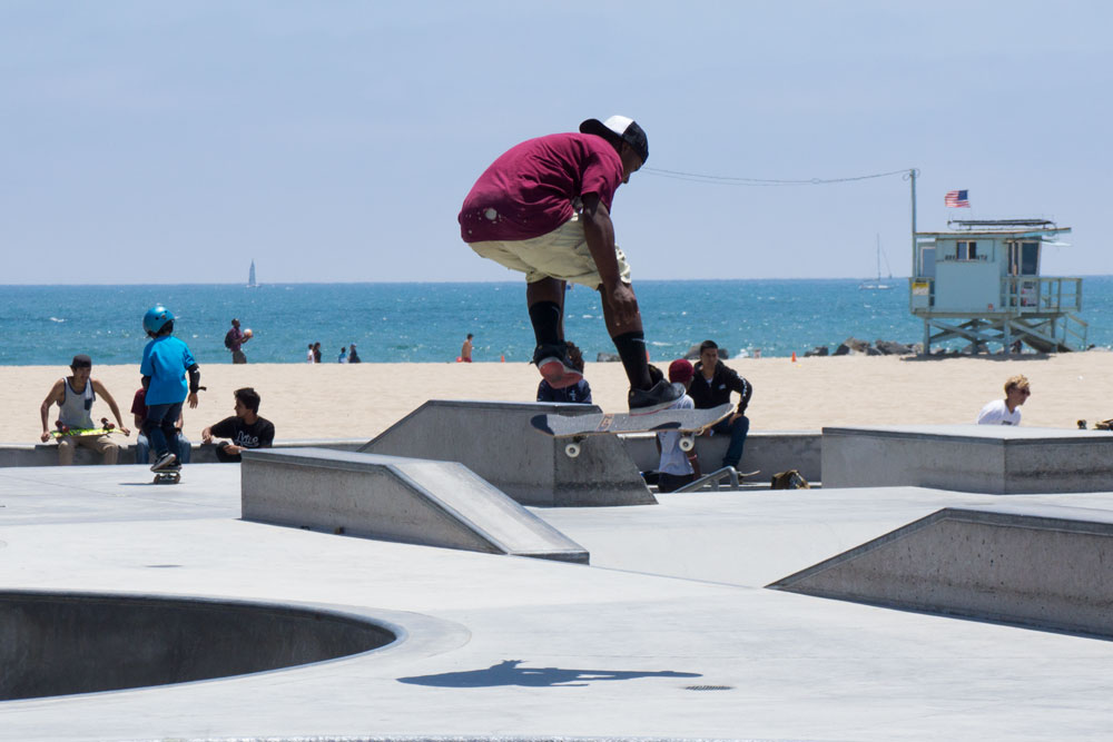 skater-catching-air-venice