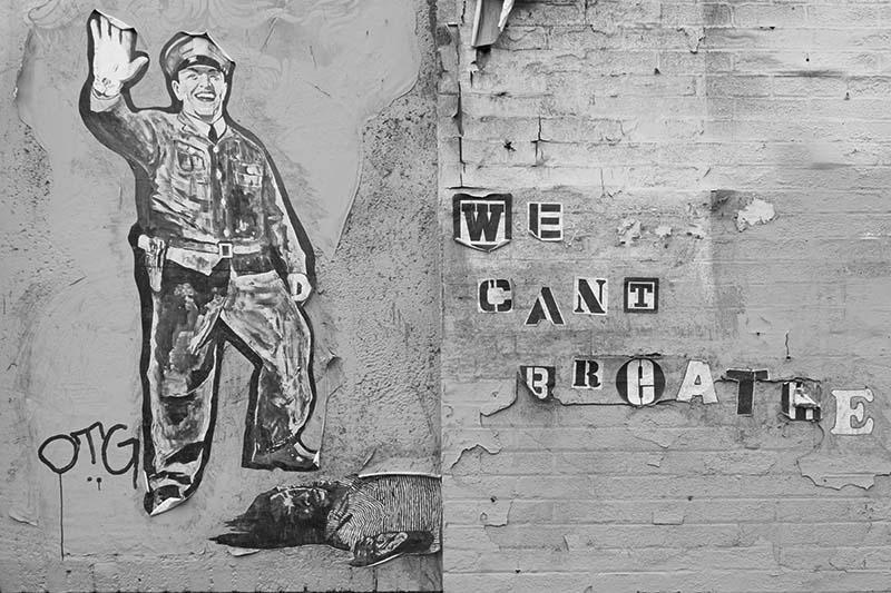 cant-breathe-graffiti-dtla-bw