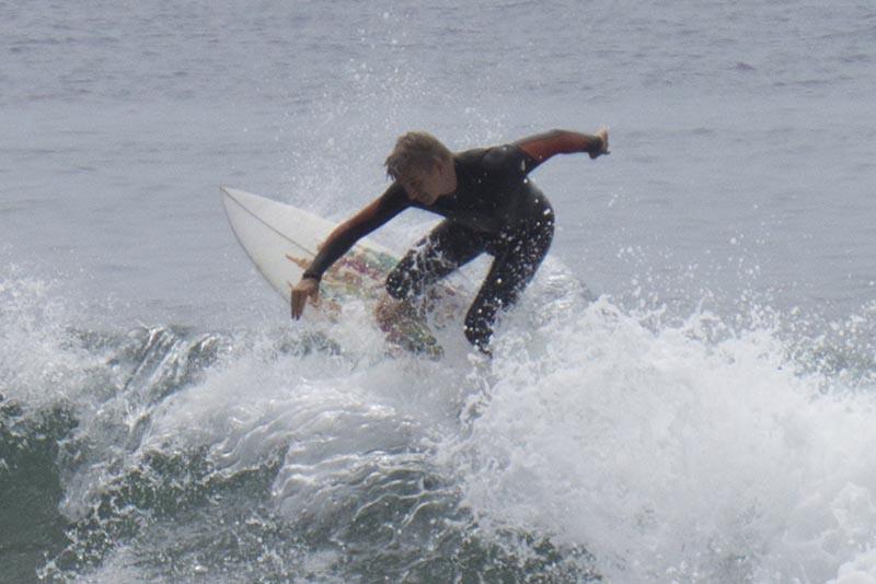 surfrider-surfer