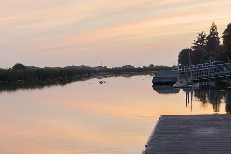 memorial-sunset-stockton-delta-dock