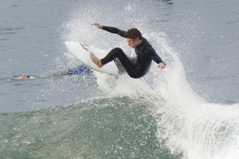catching-air-hermosa-surfer-jan