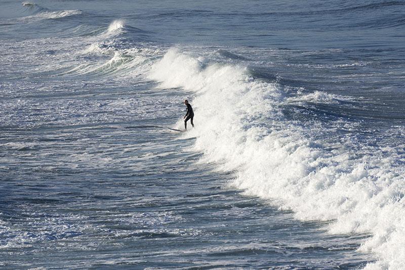 riding-blue-ocean-hermosa-march-morning