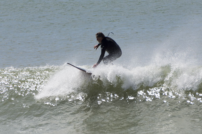 surfing-cayucos-pier-april-morning